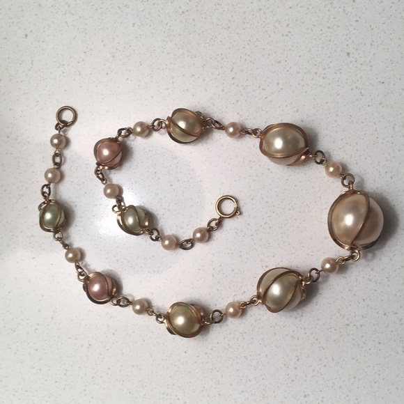 52b608b1c74 Vintage Faux Pearl Costume Jewelry Choker